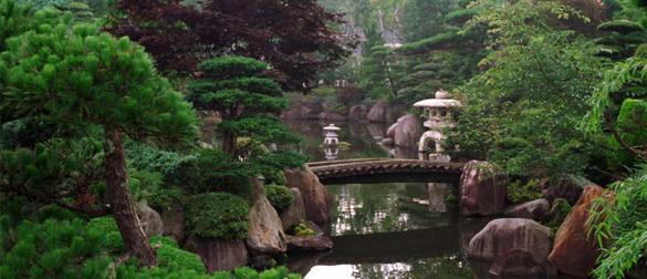 estos jardines zen estaban diseados como profundas expresiones de la filosofa zen y como medios para la para alentar la senda